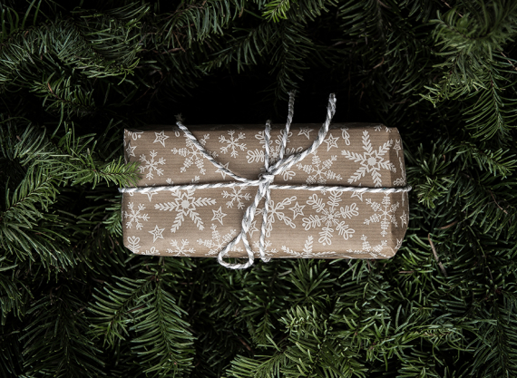 gift ideas for him at holidays