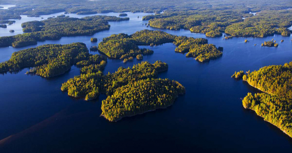 Lake Kipawa - The 10 Most Beautiful Lakes in Quebec and Ontario to Enjoy This Summer
