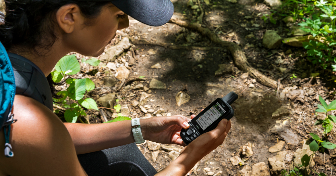 Find your way with a GPS in the woods